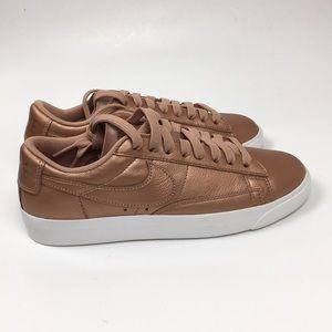 Nike Blazer Low Le Gym Shoes